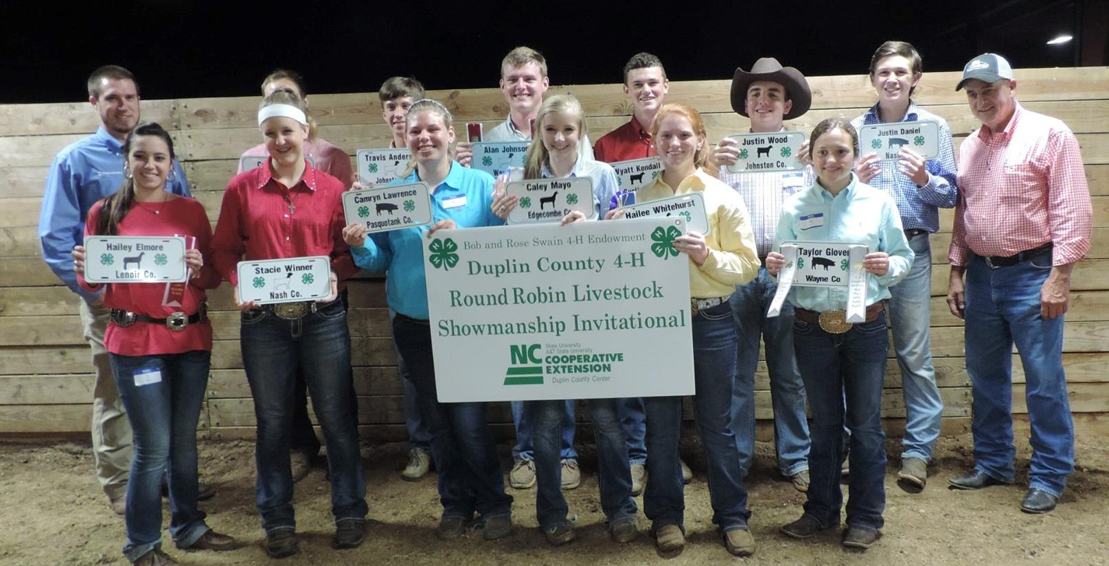 Image of Round Robin Showmanship Invitational participants